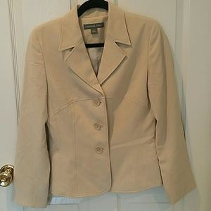 Josephine Chaus suit jacket worn once